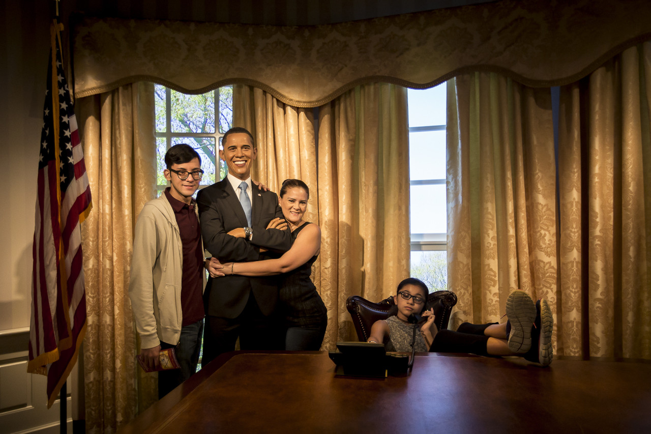 Maquilon's Family with Obama